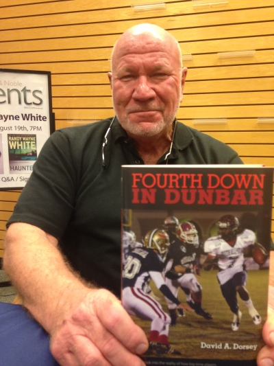Randy Wayne White, author of the Doc Ford novels